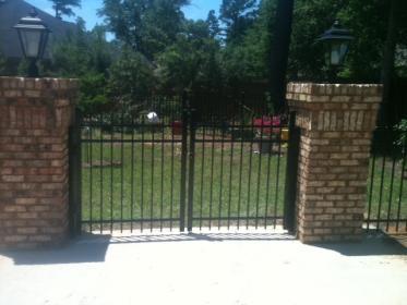 Ultra Aluminum Drive gates